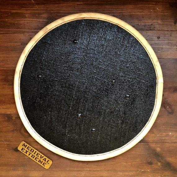 Round shield (front)
