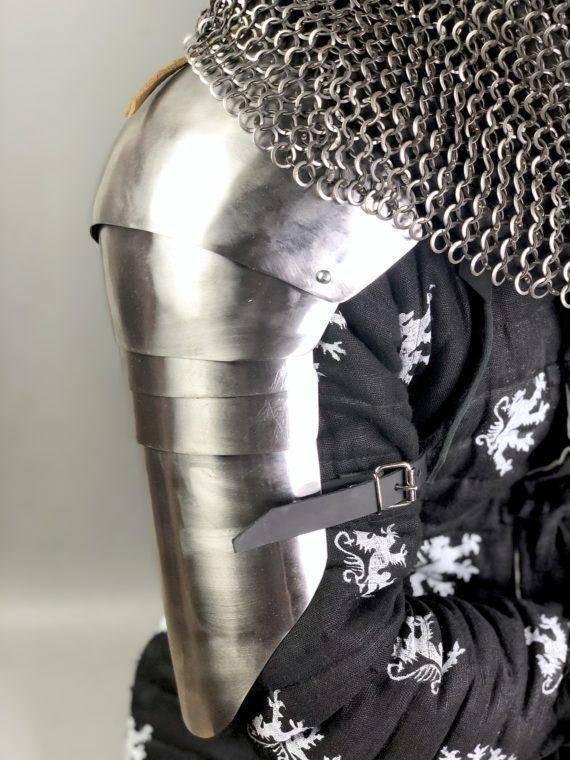 Segmented shoulders type 2