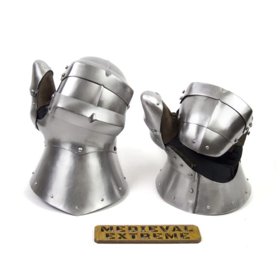 Gauntlets Wilhelm for armored combat pair