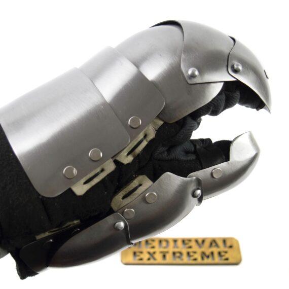 Heavy shield mitten