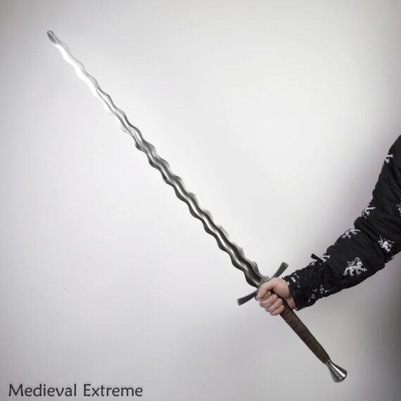 Flamberge longsword flame-bladed sword