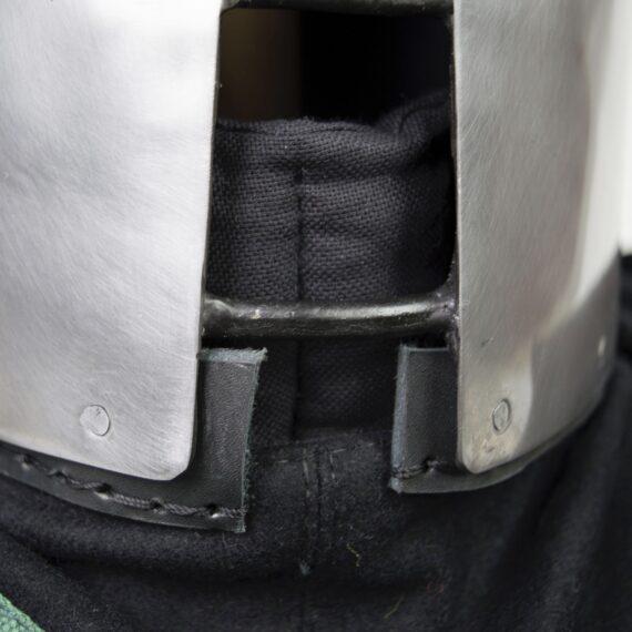 "Italian Barbute ""Y"" shaped visor type 2 face"