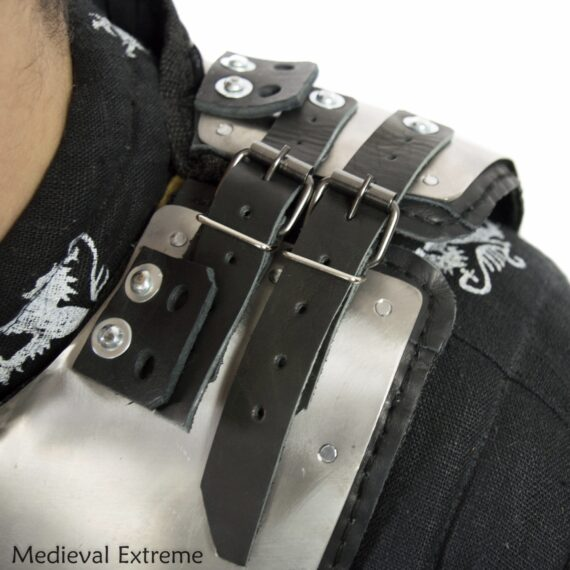 Gorget with padding neck protection for armored combat