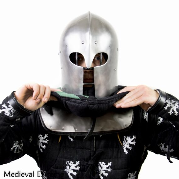 Gorget with padding neck protection for armored combat front