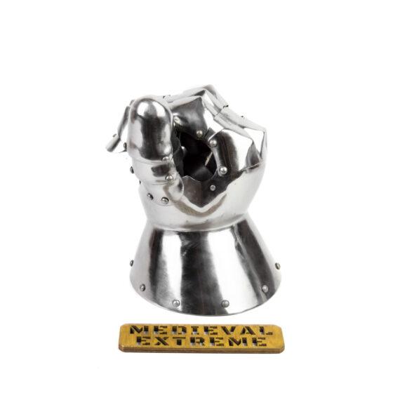 Hourglass style gauntlets thumb