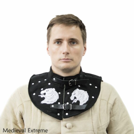 Collar with hidden plates for medieval combat with embroidery